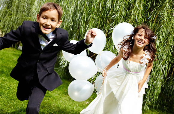 Photo: Kids at Wedding via Shutterstock
