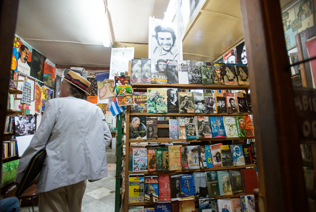 We met lots of locals who loved Fidel and Che Guevara, and there were books about them in every bookstore.