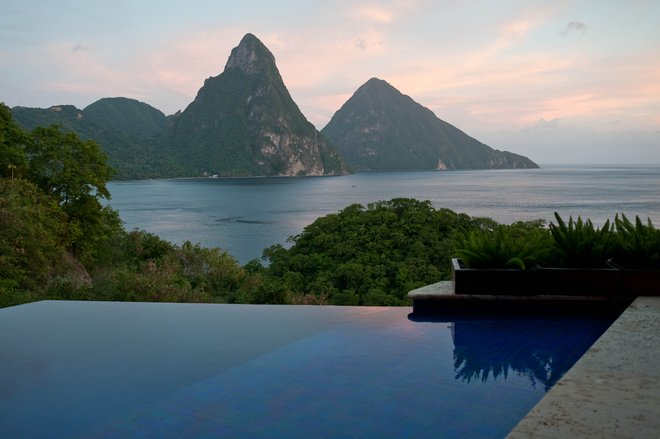 Jade Mountain Resort/Oyster