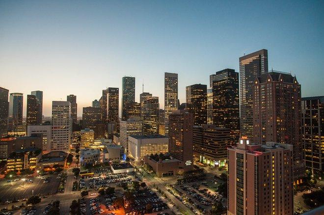 Hilton Americas - Houston / Oyster