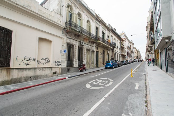 Street at the AXSUR Design Hotel, Montevideo/Oyster