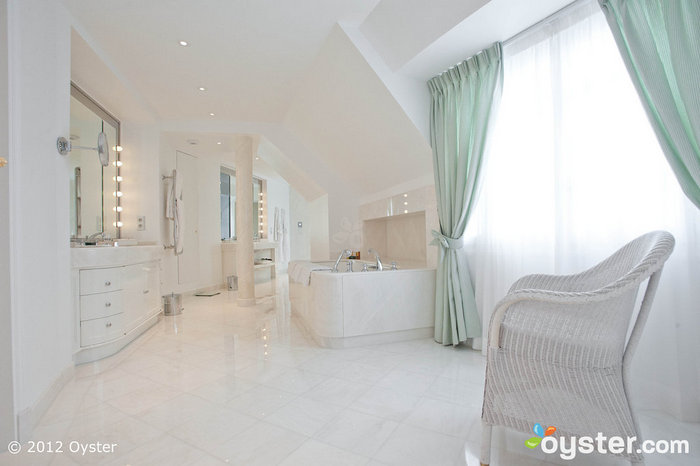 We'd die happy if we could live in this bathroom. Really.
