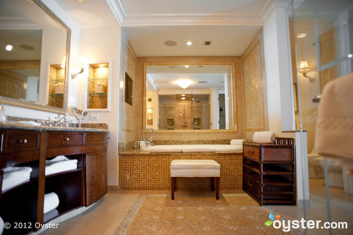 The Luxury Beachfront Suite features an incredible deep soak tub and Jack & Jill vanities.