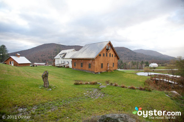 The Amee Farm, tucked into Vermont's Green Mountains, is a rustically elegant spot to say