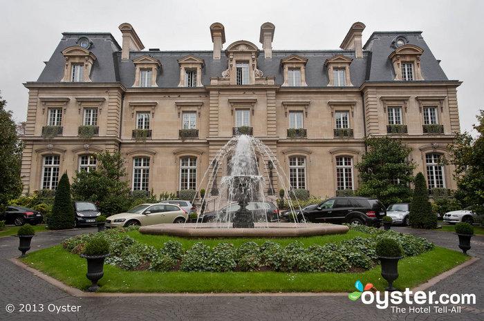 O único hotel-castelo em Paris, o Saint James, vale bem o folgado.
