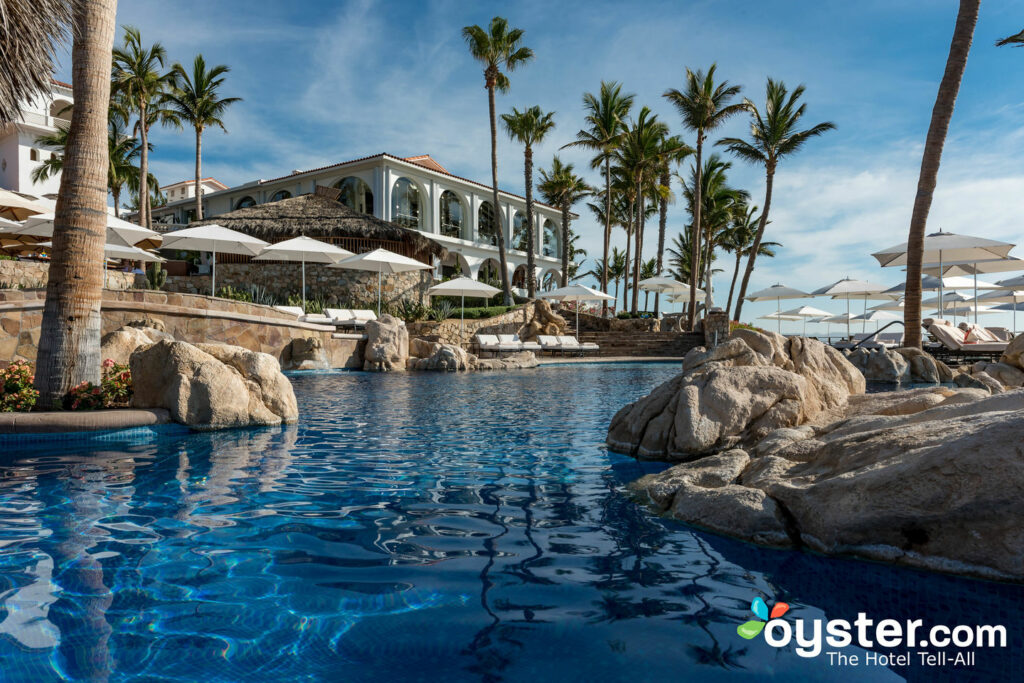 La piscine pour adultes du One & Only Palmilla / Oyster