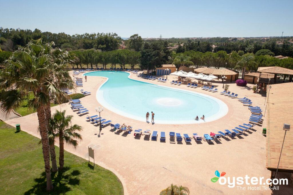 Baia Samuele Hotel Villagio / Oyster