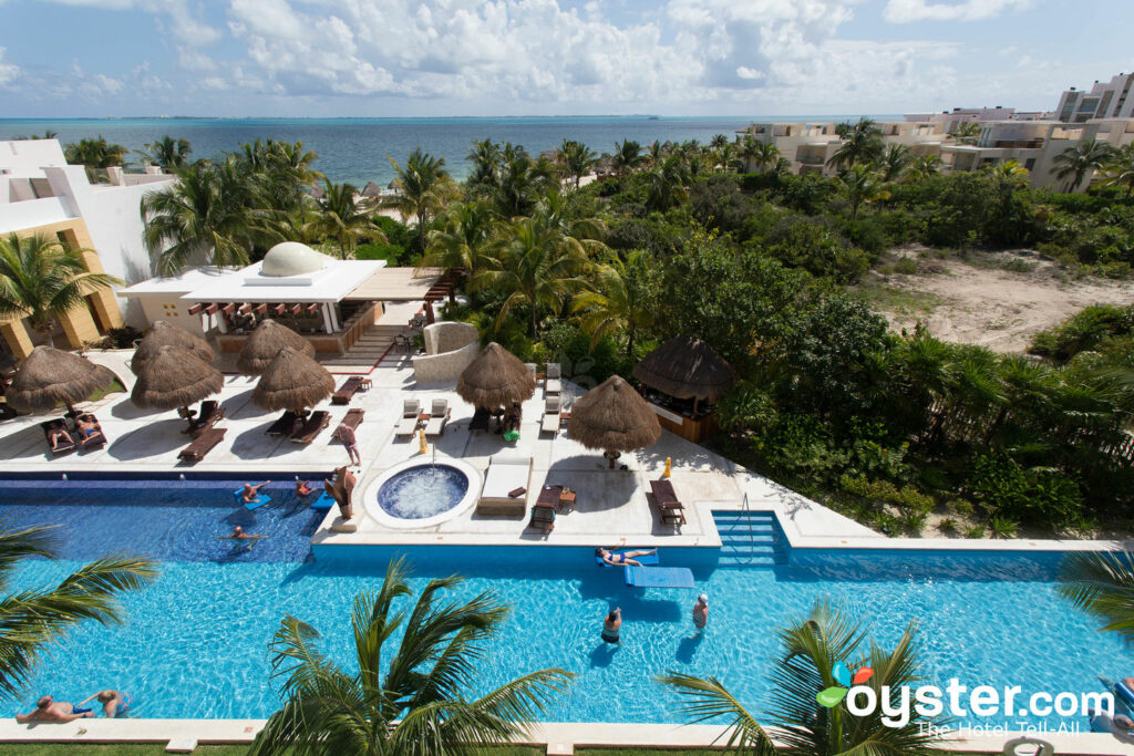 Suite junior Club Excellence avec vue sur la mer à Excellence Playa Mujeres