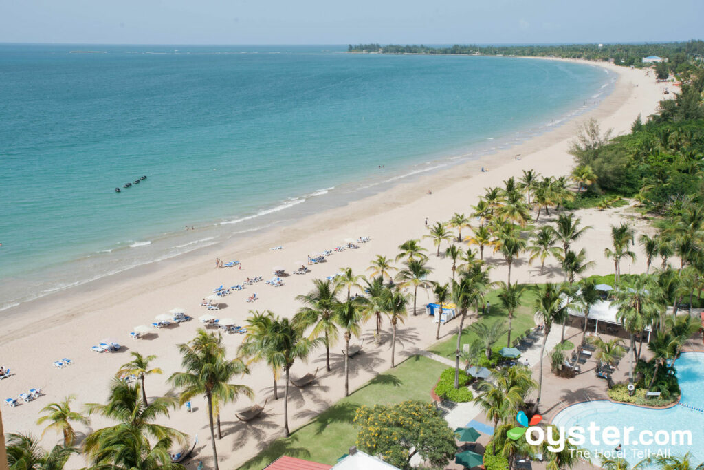 Vista desde el Courtyard by Marriott Isla Verde Beach Resort