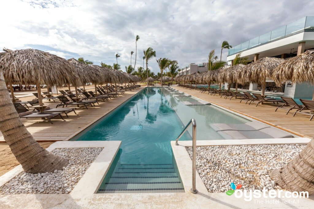 Pool at Excellence El Carmen/Oyster