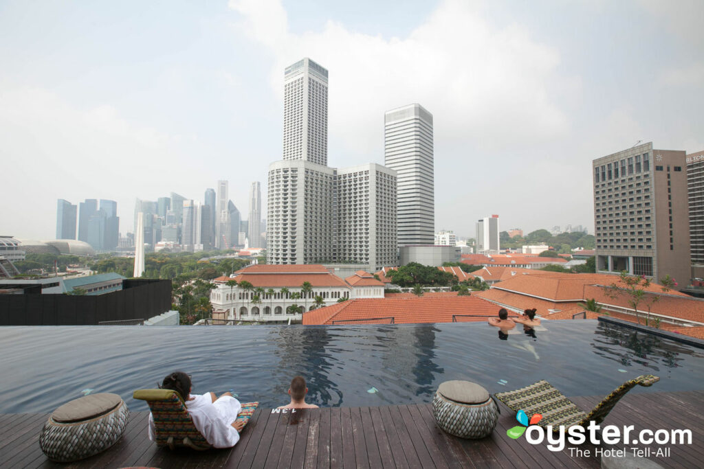 Pool at Naumi Hotel Singapore/Oyster