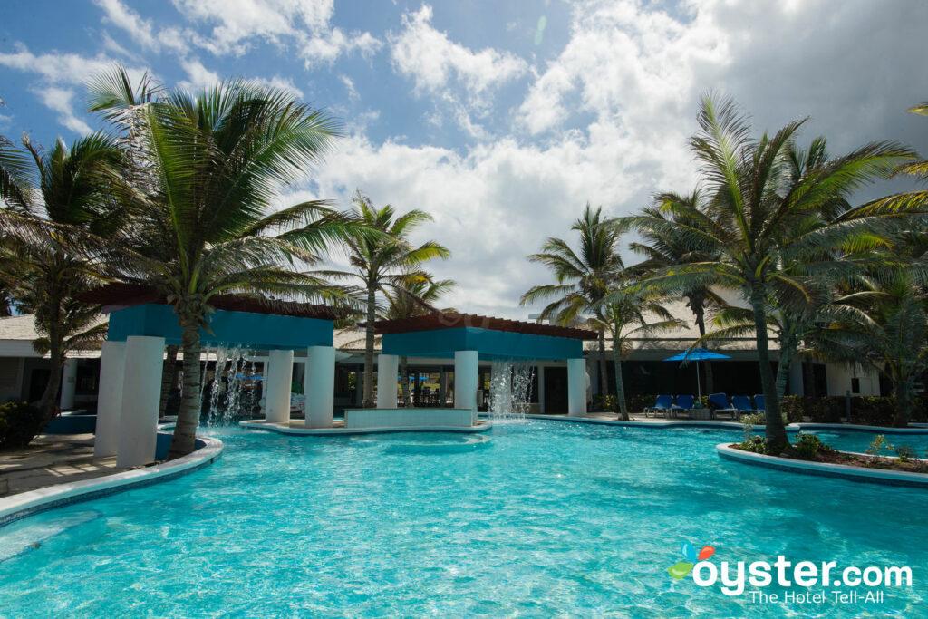 The Splash Pool at the Coconut Bay Beach & Spa Resort