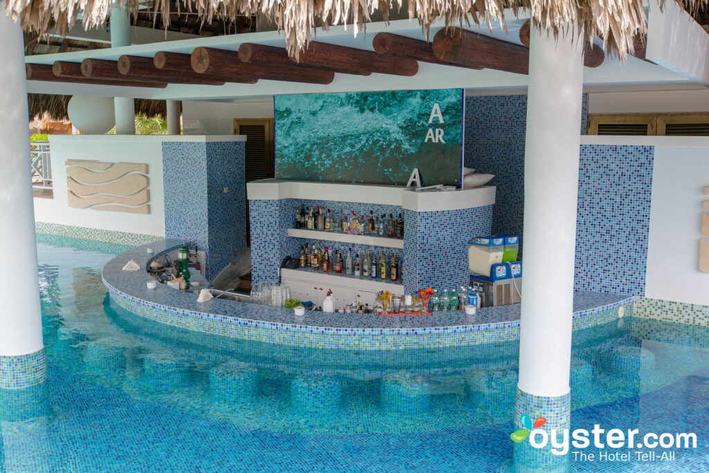 The Swim-Up Bar at Royalton Hicacos Varadero Resort & Spa/Oyster
