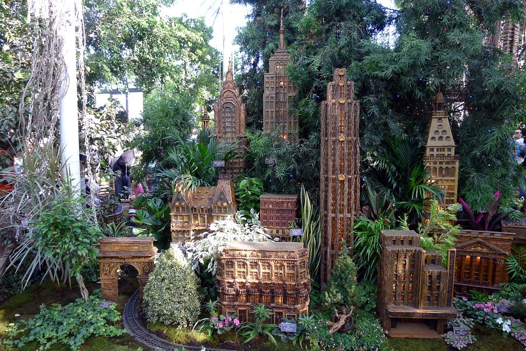 NYC in iniature at New York Botanical Garden's Holiday Train Show
