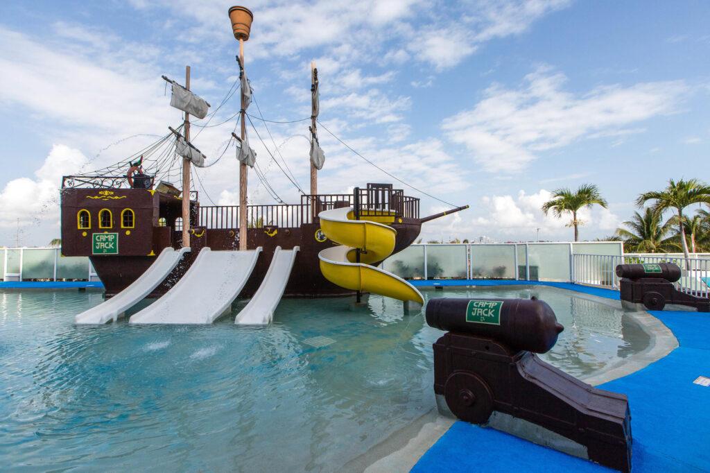 Kids' Activities at Panama Jack Resorts Cancun