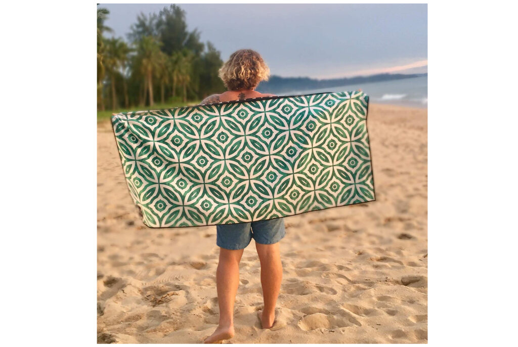Sand-Repellent Travel Towel