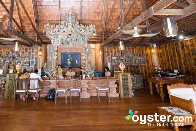 Barefoot guests inSanthiya Koh Phangan Resort & Spalobby