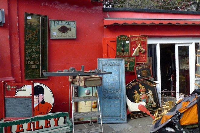 Portobello Market by Puffer Fish via Flickr