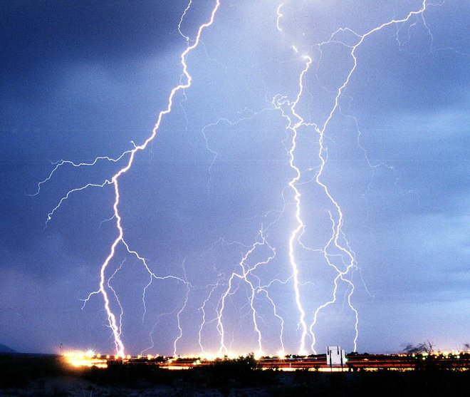 Moins de 1% des vols en juin ont été retardés en raison de conditions météorologiques extrêmes; beaucoup plus ont été retardés en raison de défaillances opérationnelles de la compagnie aérienne.