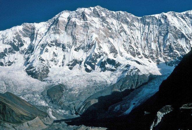 Annapurna I, a montanha onde Pemba sobreviveu a uma avalanche; foto cortesia de Wolfgang Beyer