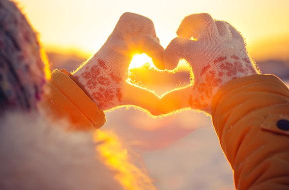 Photo:Heart Framed Photovia Shutterstock