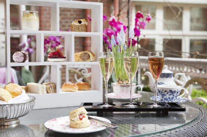 Classic afternoon tea on the terrace of the St. Ermins Tea Lounge.