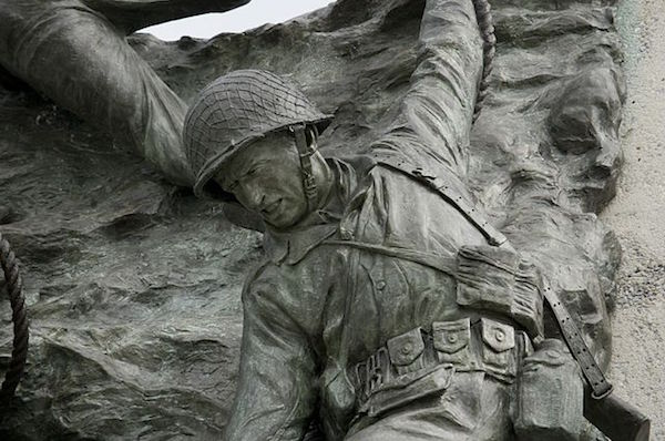 Bronze statue detailing at the National D-Day Memorial (Photo Courtesy Of: Wikimedia Commons)