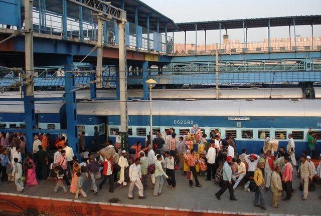 New Delhi Railway Station image courtesy Kyle Valenta.