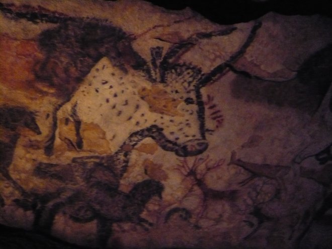 An image from the replica cave, created near the original to protect it from visitors. Photo courtesy of Flickr/Christine McIntosh