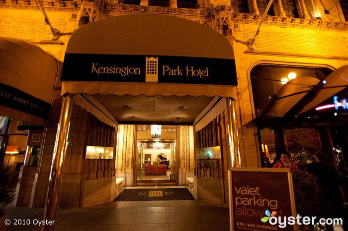 Entrée à l'hôtel Kensington Park