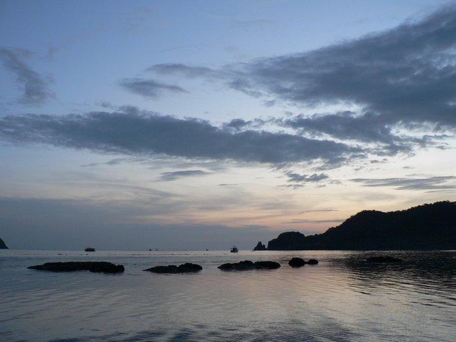 Ko Mak at sunset; Image courtesy of James Preston.