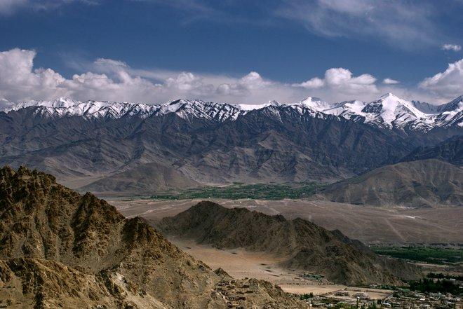 Imagem de montanha de Ladakh, cortesia do irromge via Flickr