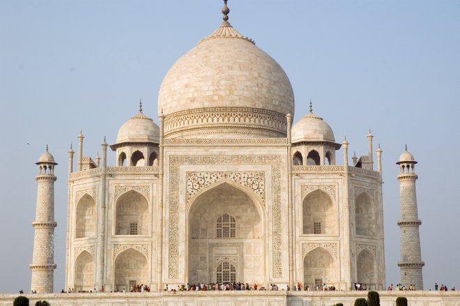 Taj Mahal image courtesy of Paul Asman and Jill Lenoble via Flickr