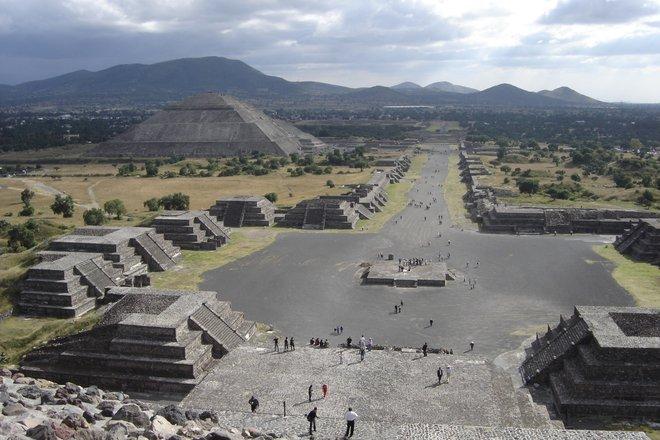 Image de Teotihuacan avec l'aimable autorisation de Herbert Spencer via Flickr