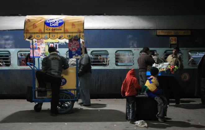 Venditore ad Agra; Immagine gentilmente concessa da carol mitchell tramite Flickr.