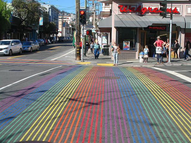 Regenbogen-Zebrastreifen im Castro. Allan Ferguson / Flickr