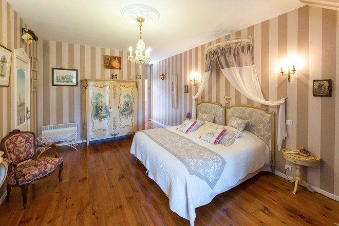 The Venice Suite at the Le Clos Chateldon/Oyster