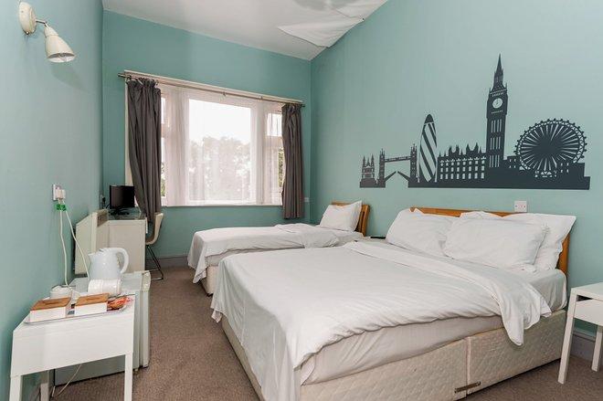La habitación familiar en The Green Man Hotel / Oyster