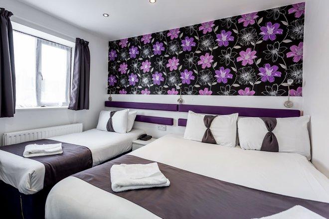 La habitación triple en el Euro Hotel Wembley / Oyster