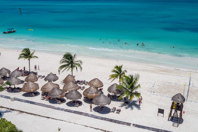 Secrets Maroma Beach Riviera Cancún / Oyster