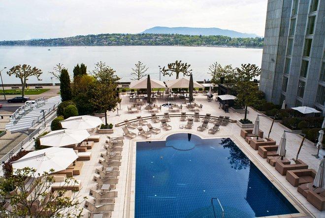La Habitación Chambre Prestige Lac en el Hotel President Wilson, Ginebra / Oyster