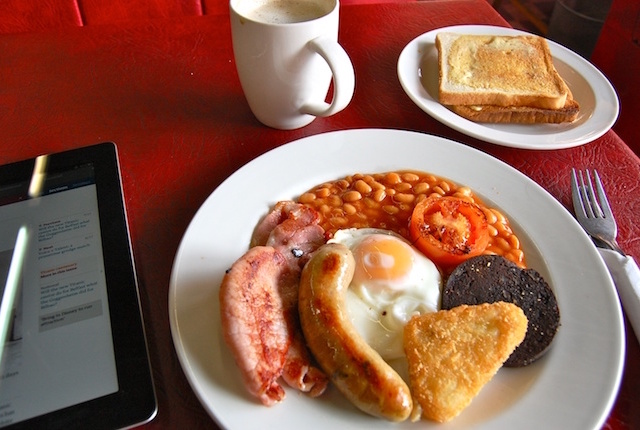 Full English Breakfast; Photo credit: Flickr/Magnus D
