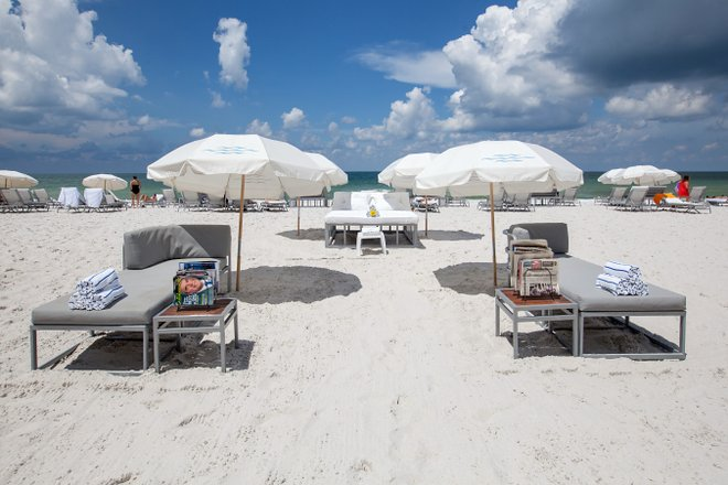 Beach loungers at the Edgewater Beach Hotel/Oyster