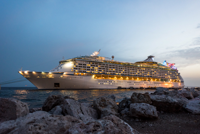 Adventure of the Seas / Oyster