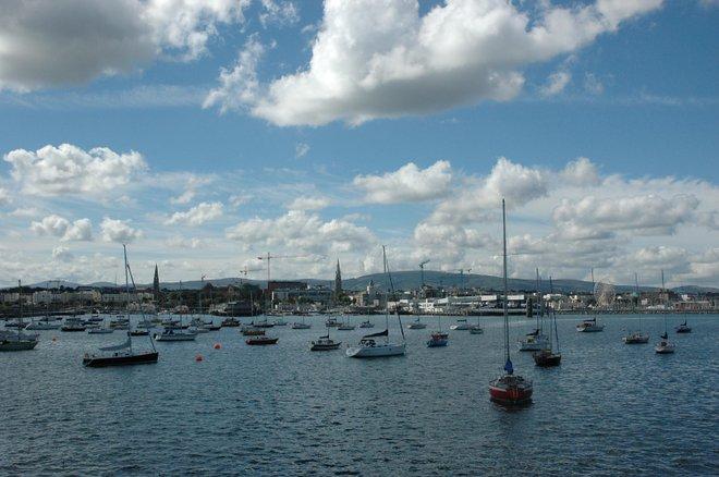 Dun Laoghaire Hafen; JohnCoxon / Wikimedia .
