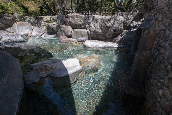 Men's Open-Air Spa at Suimeikan/Oyster