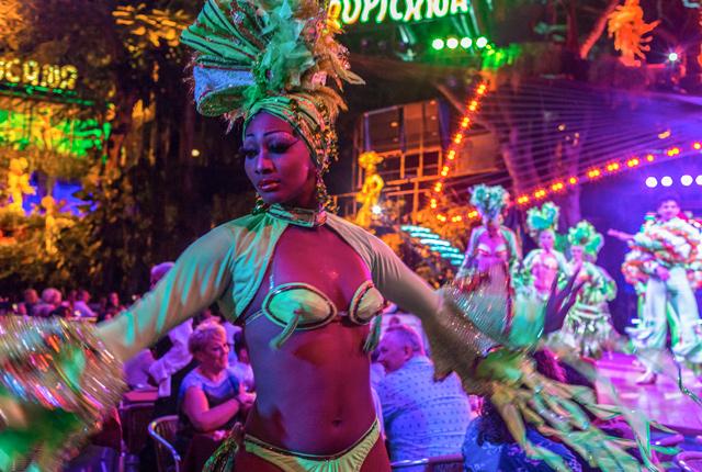 Tropicana Club, La Habana / Oyster