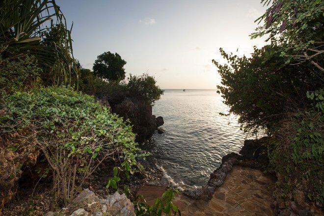 A vivenda de luxo com piscina privada e praia no Zanzi Resort / Oyster