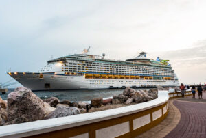 Adventure of the Seas/Oyster
