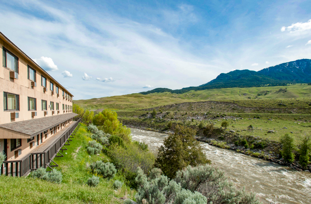 The BEST WESTERN PLUS By Mammoth Hot Springs/Oyster